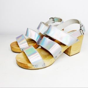 Cooperative Wooden Holographic Heeled Sandals